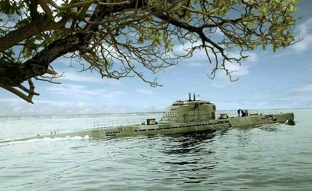 A German Type XXI U-boat at sea worldwartwo.filminspector.com