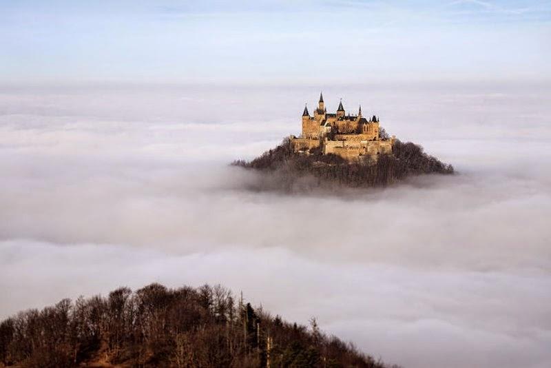 foggy-scenery-photo-04