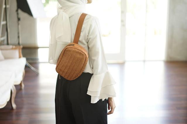 julia-waist-bag-tan-1