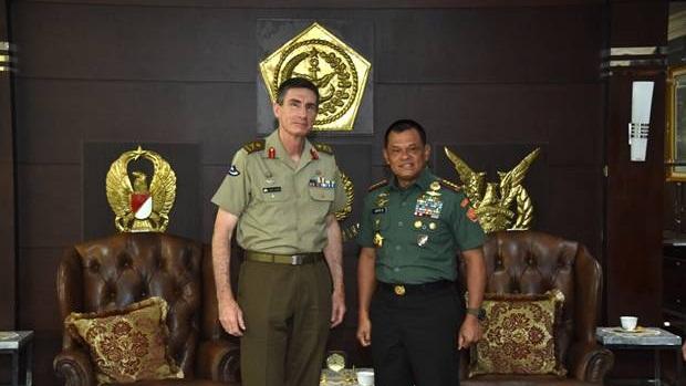 Chief of the Australian Army, Letnan Jenderal Angus Campbell  dan Panglima TNI