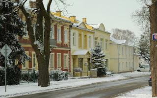 http://fotobabij.blogspot.com/2016/01/zbytkowe-kamienice-przy-ulksieznej.html