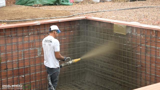 hormigón gunitado, construcción de piscinas, proyectos de piscinas en Badajoz, piscinas en Extremadura, piscinas en Cáceres