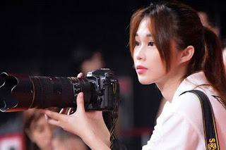seorang fotografer cantik