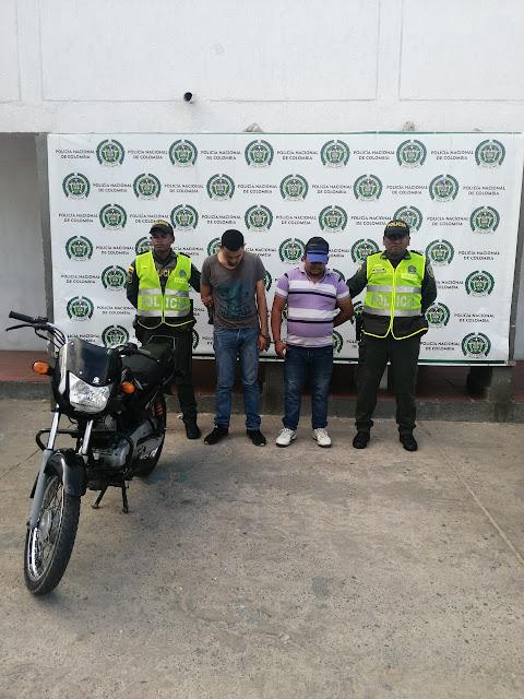 En operación relámpago en Maicao la Policía recuperó moto hurtada y capturó a los ladrones