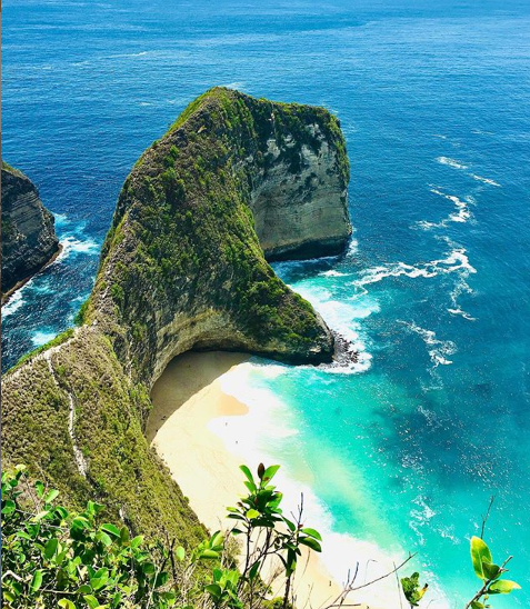 Indahnya Pantai Kelingking, Surga Keindahan Dari Bali