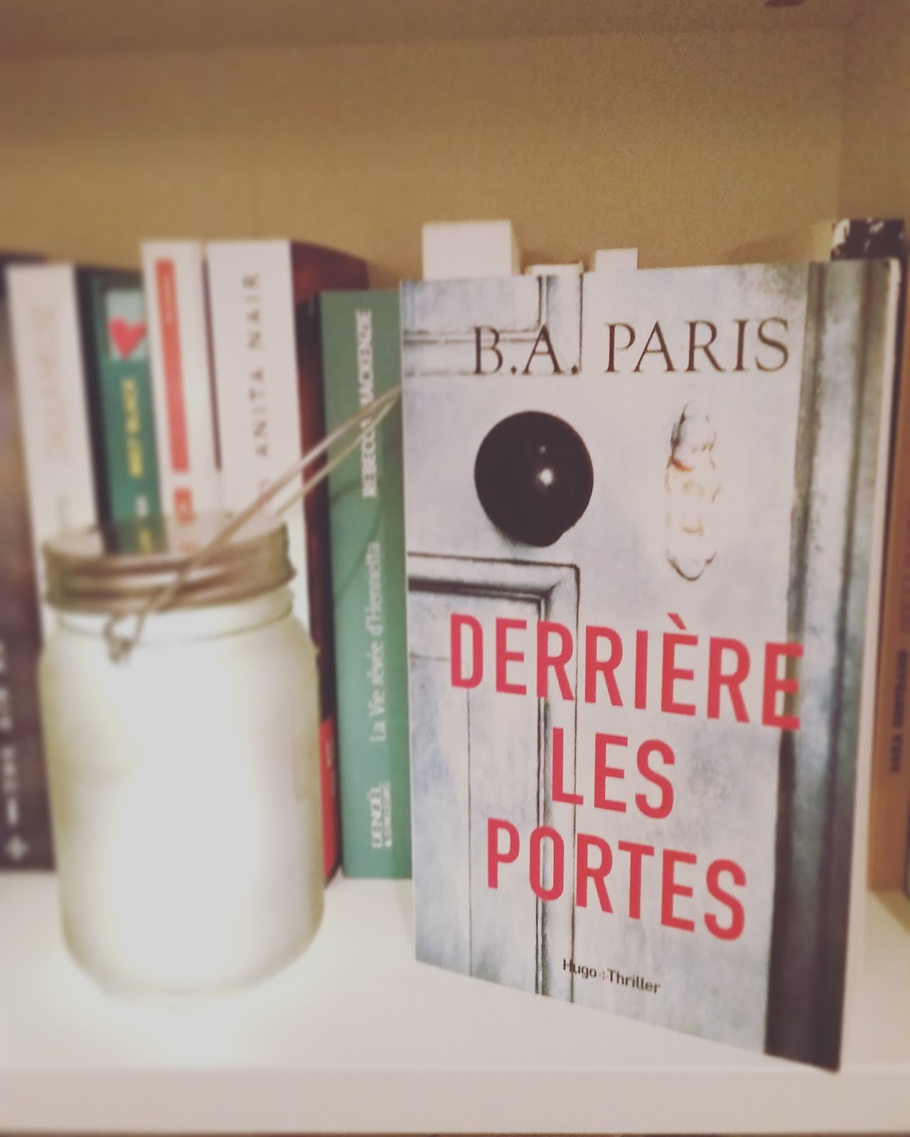 Au jardin suspendu derri re les portes de b a paris - Derriere les portes fermees streaming ...