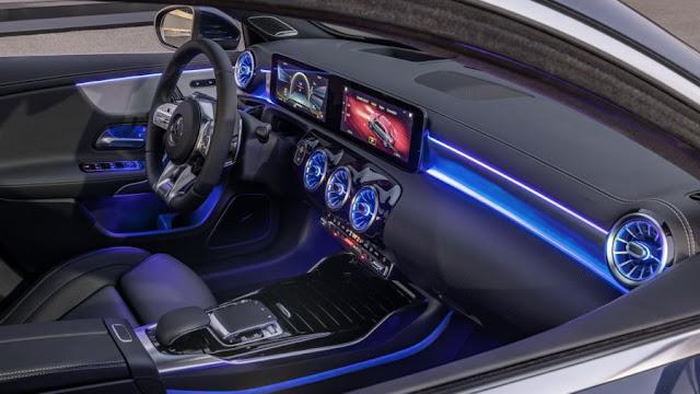 Đánh giá Mercedes AMG A35 4MATIC Sedan 2021