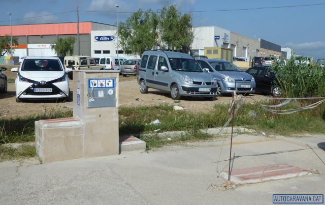Deltebre: àrea d'autocaravanes