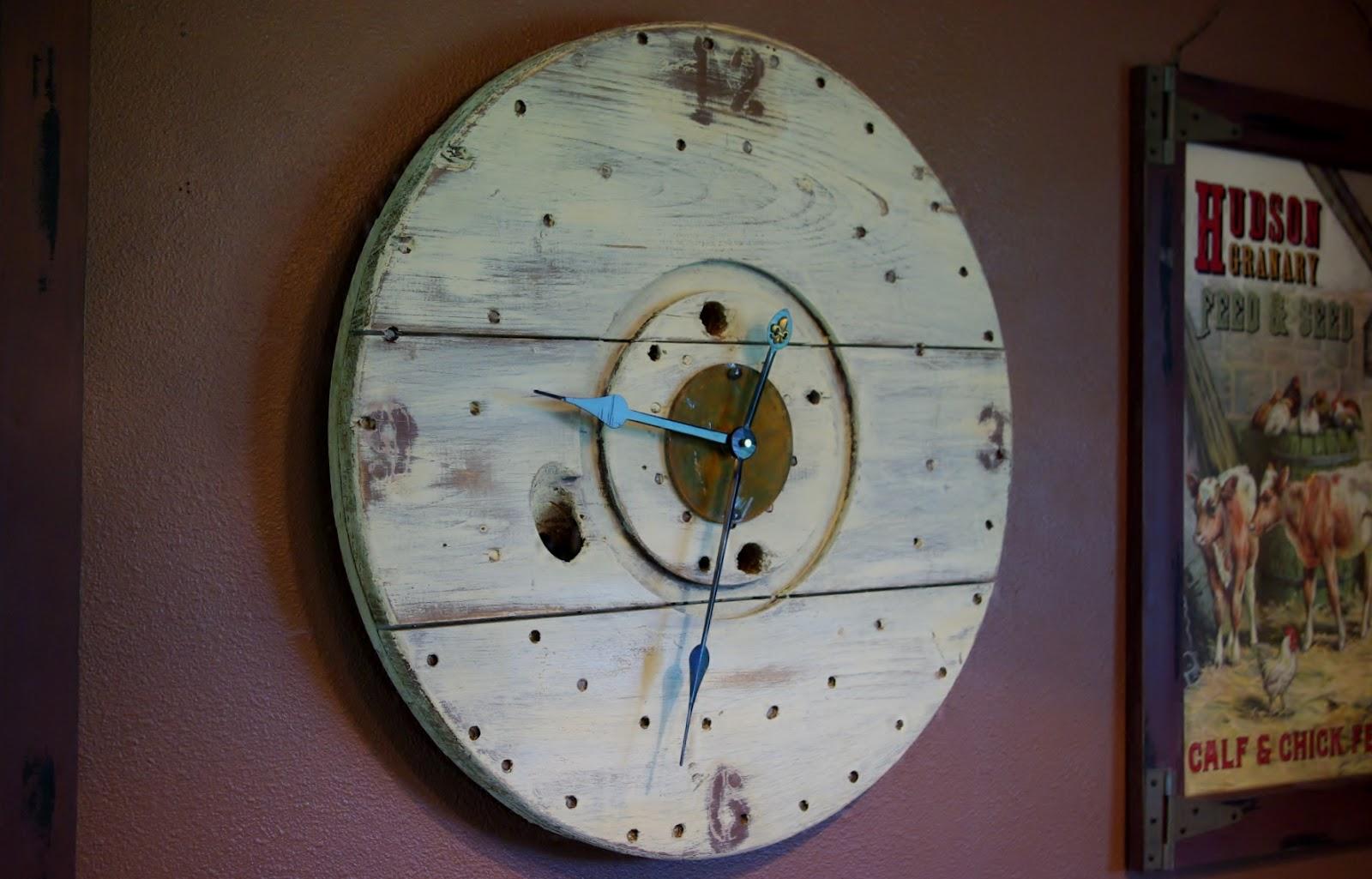 Reclaimed Rustics Wire Spool Rustic Clock