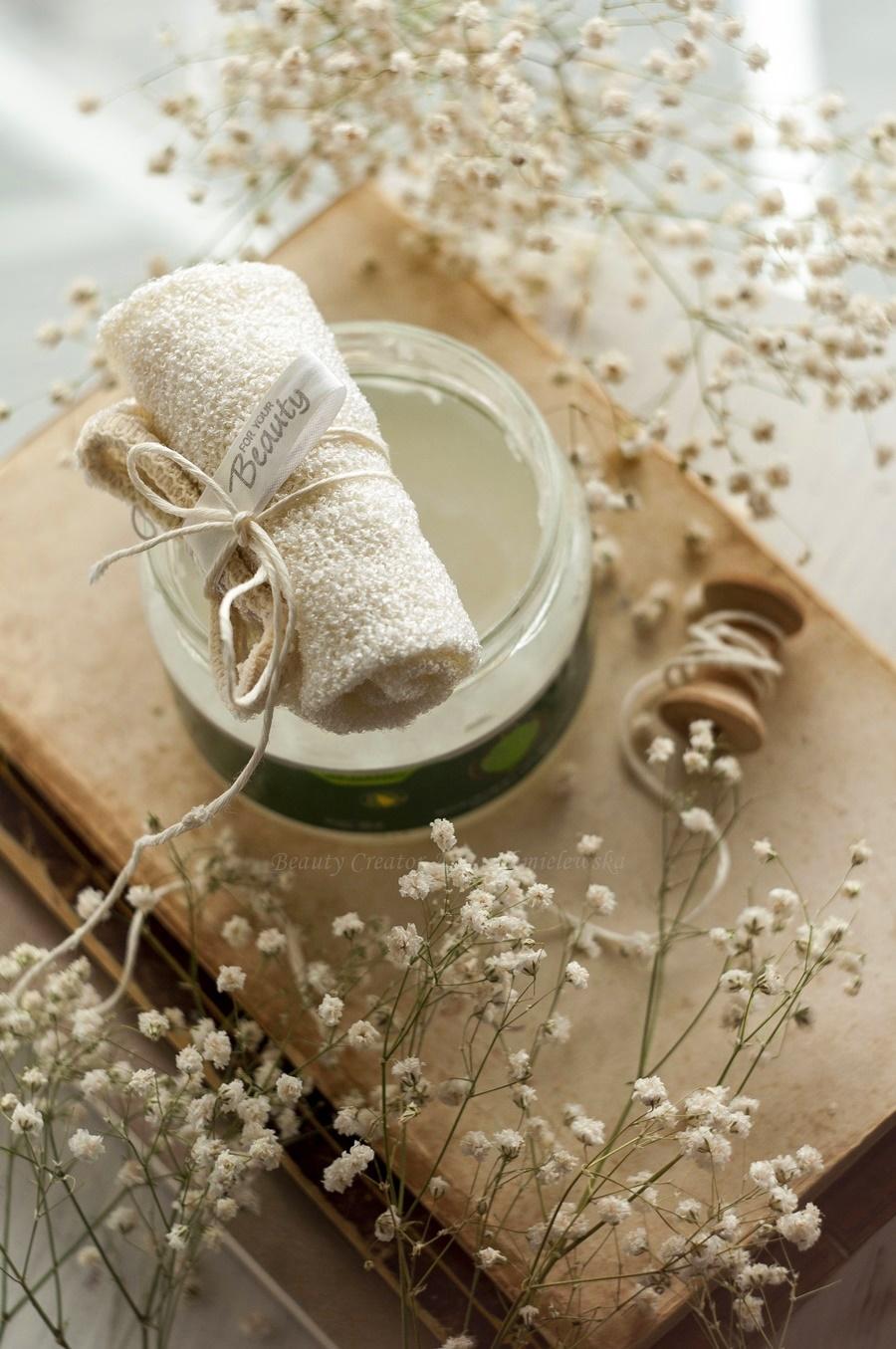 oczyszczanie twarzy olejami, olej kokosowy, pielęgnacja twarzy,