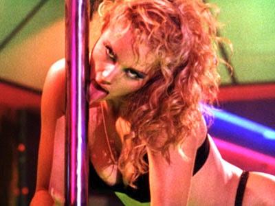 Showgirls 1995 movieloversreviews.filminspector.com