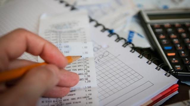 Image: Doing Taxes, by Michal Jarmoluk on Pixabay