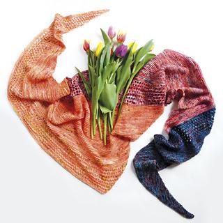 knitted shawl, garter stitch, stockinette; beginner knitting scarf