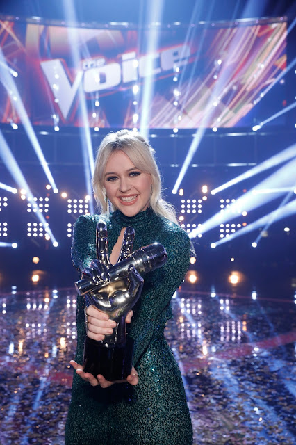 Chloe Kohanski named Season 13 winner of 'The Voice'