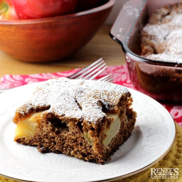 Old Fashioned Fresh Apple Cake