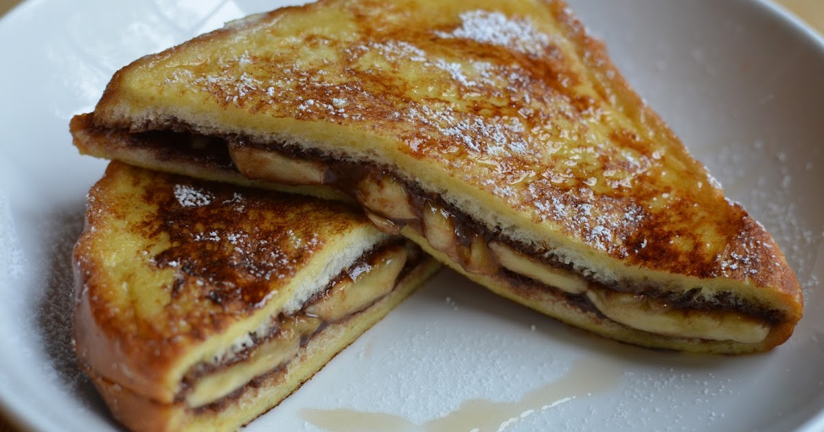 Playing with Flour: Nutella-banana stuffed French toast