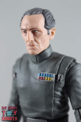 Black Series Grand Moff Tarkin 01