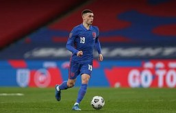 Phil Foden: I feels sorry for Southgate amid England selection headache