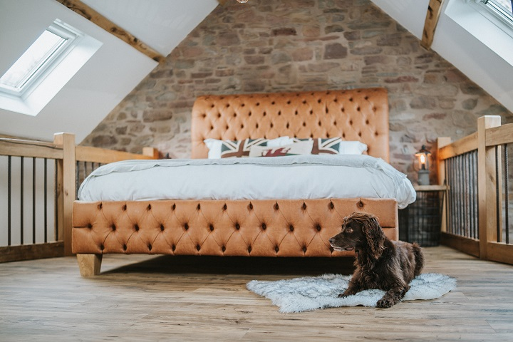 Brecon Retreat: The Old Shearing Shed