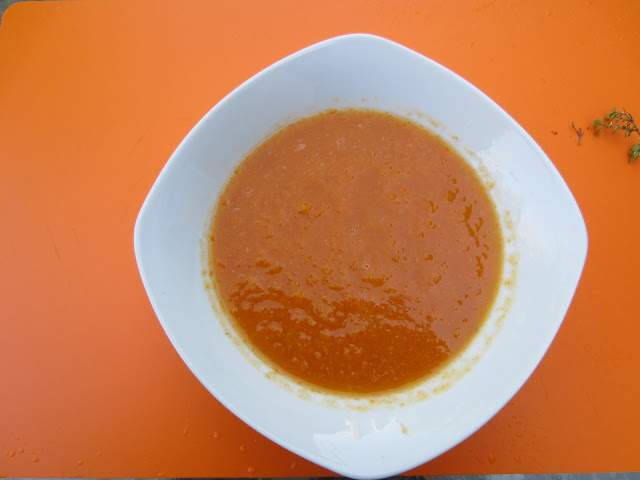 bowl of pureed carrot soup