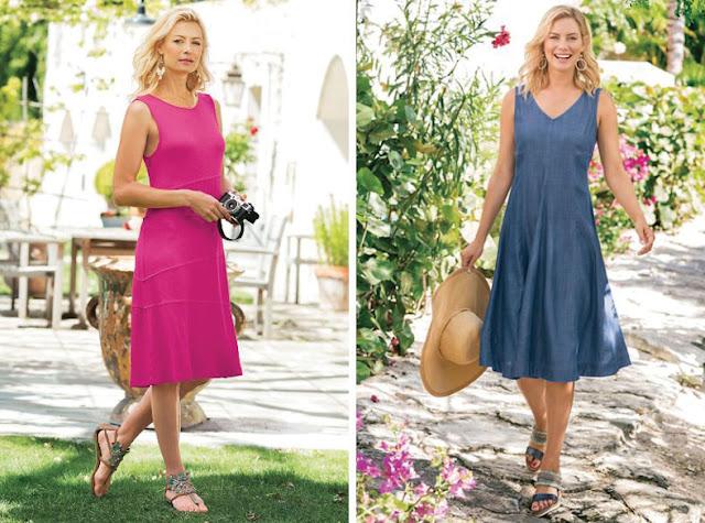 Девушка в розовом и синем платье в сандалиях с вышивкой