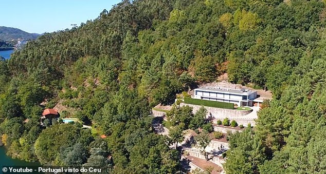 Cristiano Ronaldo house and cars -Ronaldo's $2.3 million sold mansion in Portugal