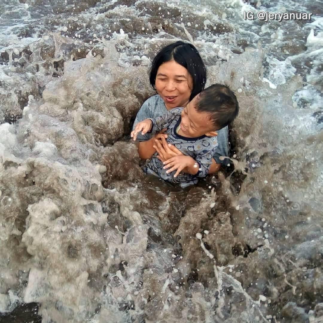 Menikmati Libur Idul Fitri di Pantai Pangandaran