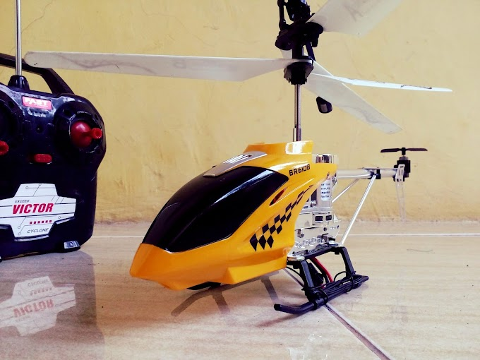 VIDEO : FIRST FLYING EXPERIENCE WITH 4CH RC HELICOPTER