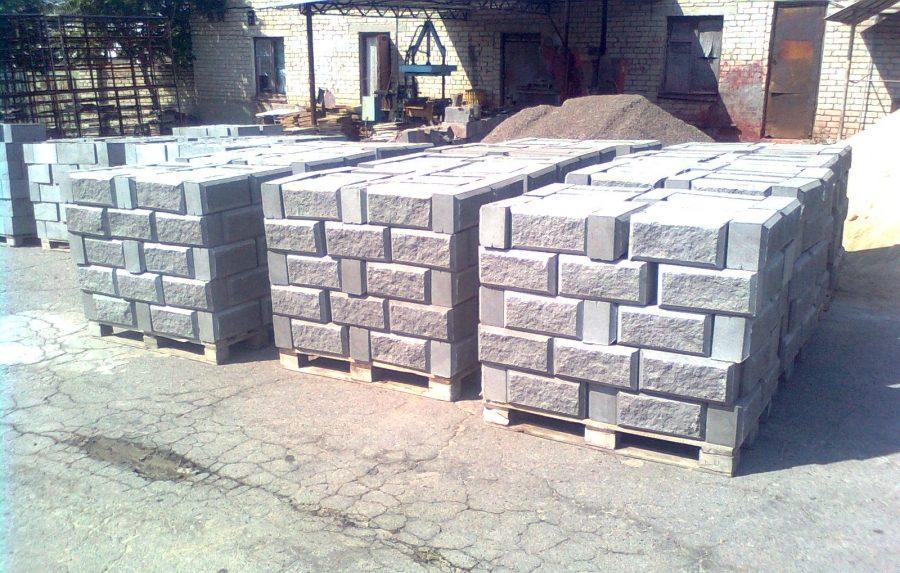 Manufacturing of cinder blocks