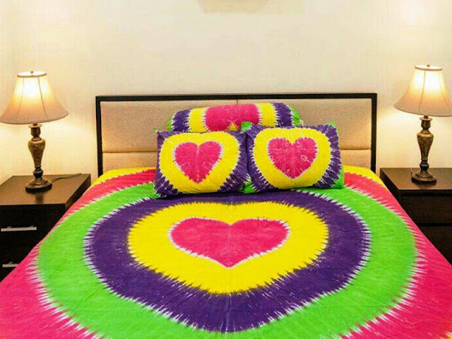 Seprai Bali Motif Love Ukuran 160 X 200