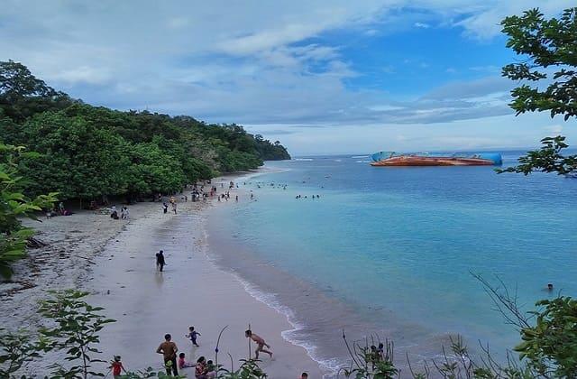 Bosan Liburan ke Parangtritis? 21 Pantai di Gunung Kidul Ini Dijamin Bikin Kamu Makin Jatuh Hati Sama Yogyakarta!