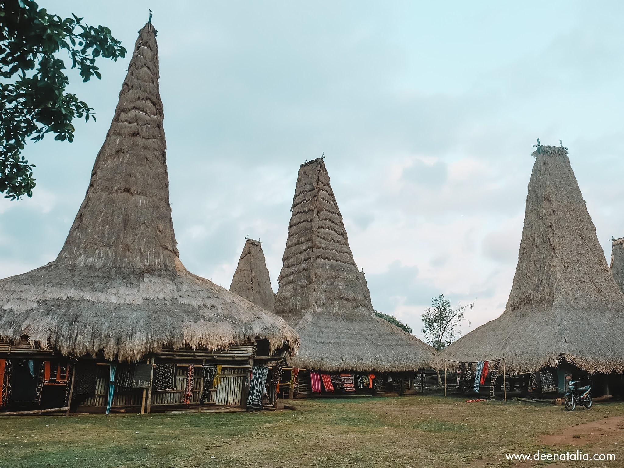 Kampung Adat Ratenggaro Sumba