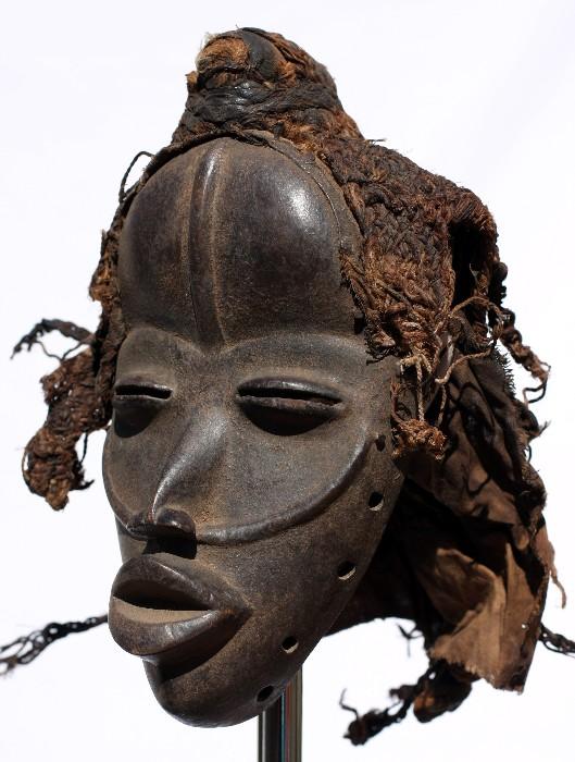 Las máscaras femeninas a toda la persona