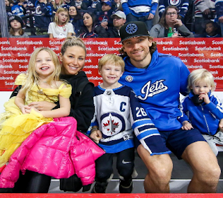 Blake Wheeler With His Family Png