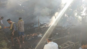 Saat Lebaran, Satu Rumah Warga Mendelem Ludes Terbakar