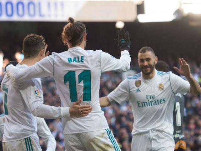 """Ronaldo kết thân Benzema: Thống trị Real, dằn mặt dàn """"bom tấn"""" 2"""