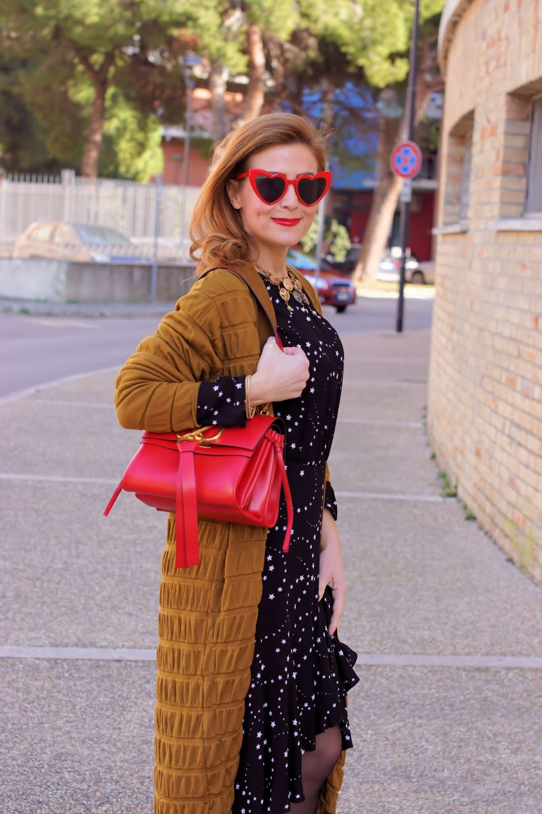 Valentino Vring bag, Maje dress and Malloni cardigan on Fashion and Cookies fashion blog, fashion blogger style