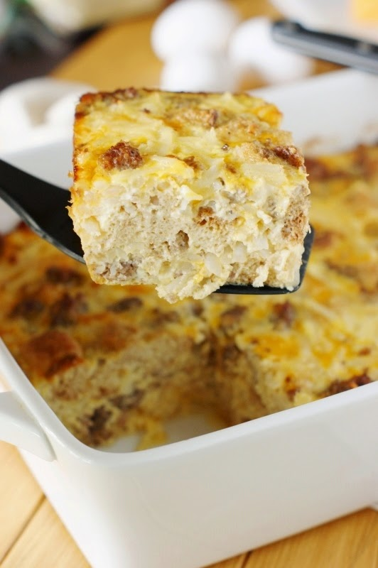 Overnight Sausage, Egg & Hash Brown Breakfast Casserole