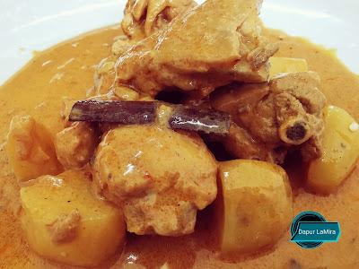 Gulai ayam resepi Kelantan