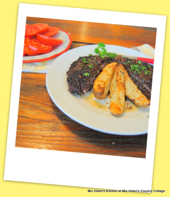 Retro Grilled Hamburger Steak at Miz Helen's Country Cottage