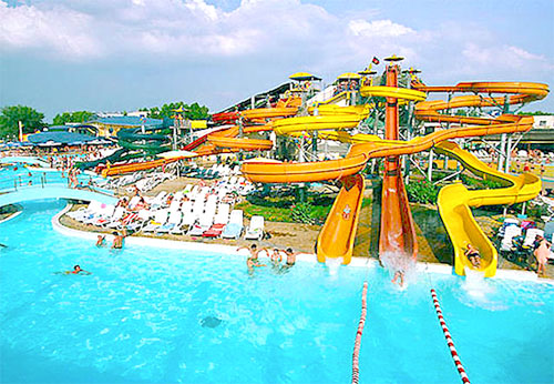 Water Parks Top 10 Waterparks And Components To Build Up