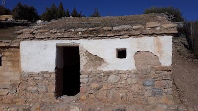 Viviendas, Yacimiento del Cerro de la Cruz, Almedinilla