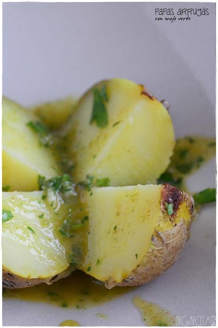 mojo -  Receta de mojo verde canario para acompañar unas papas arrugás