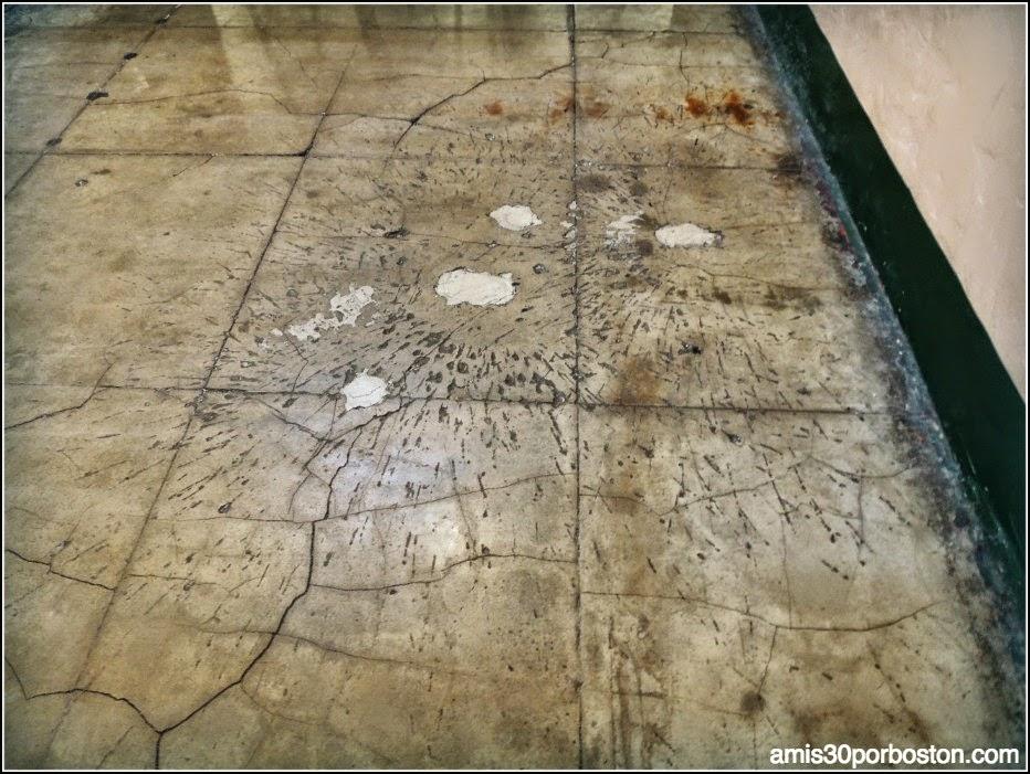 La Prisión de Alcatraz: Marcas de Granadas de La Batalla de Alcatraz