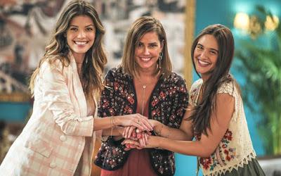 Kyra (Vitória Strada), Alexia (Deborah Secco) e Luna (Juliana Paiva) em Salve-se Quem Puder