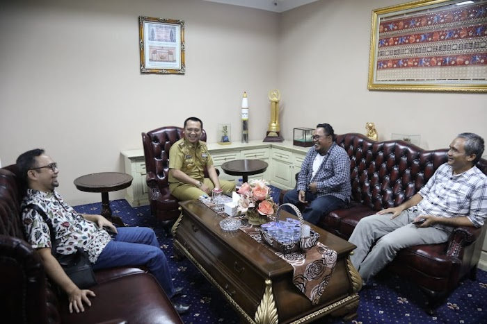Gubernur Ridho: Ayo Ramaikan Festival Lalang Waya Market di Lampung Elephant Park