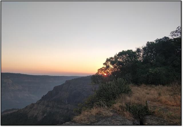 prabalgad trek, sunrise