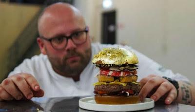 Burger Paling Mahal di Dunia Ini Dilapisi Emas, Harganya?