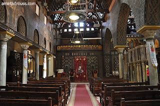 منظر داخلي لكنيسة القديسة بربارة بمصر القديمة