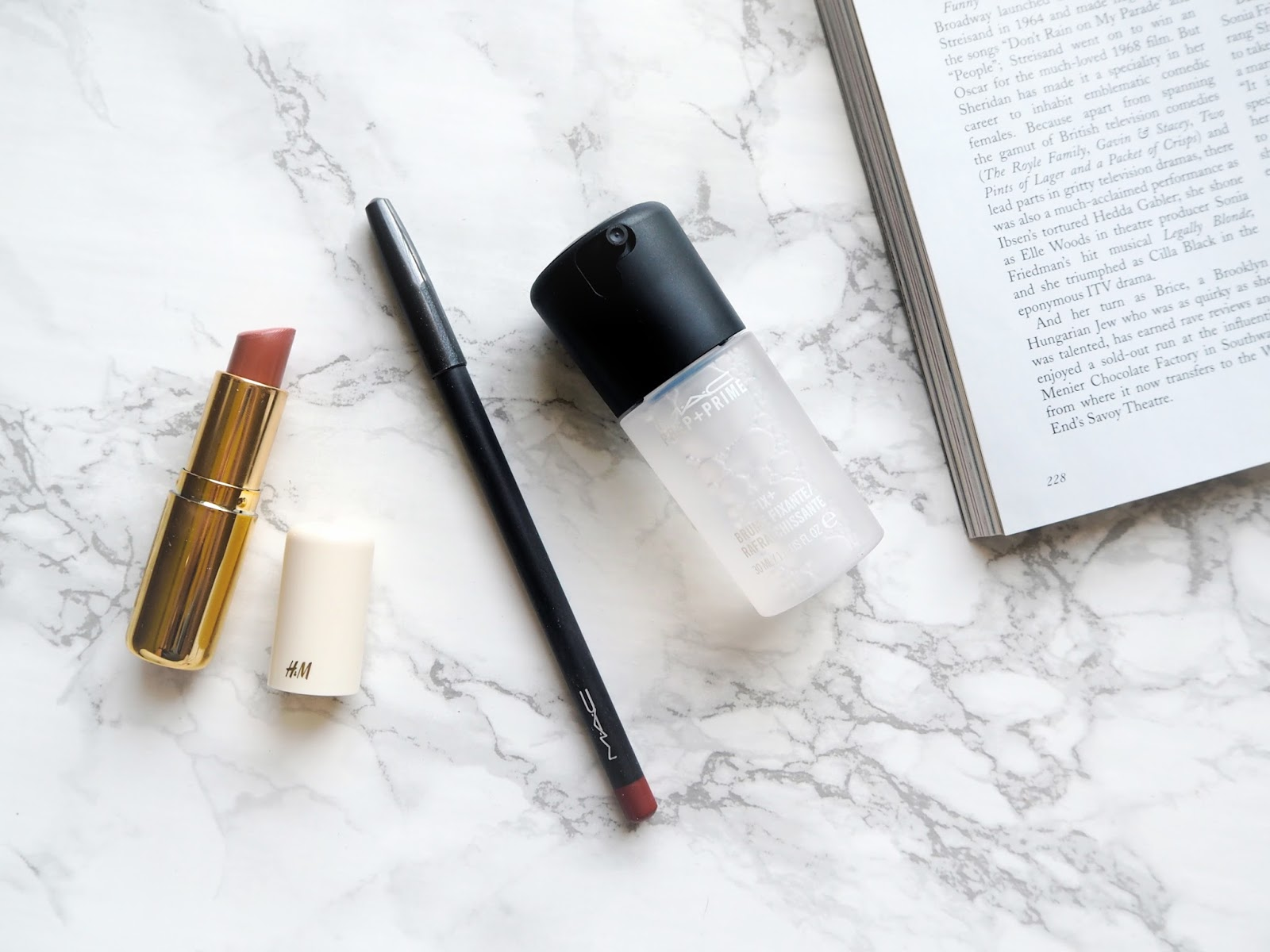 Three Recent Beauty Faves, beauty favourites, loving lately, mac prep + prime fix+, H&M beauty cream chestnut lipstick, mac chicory lip pencil, review